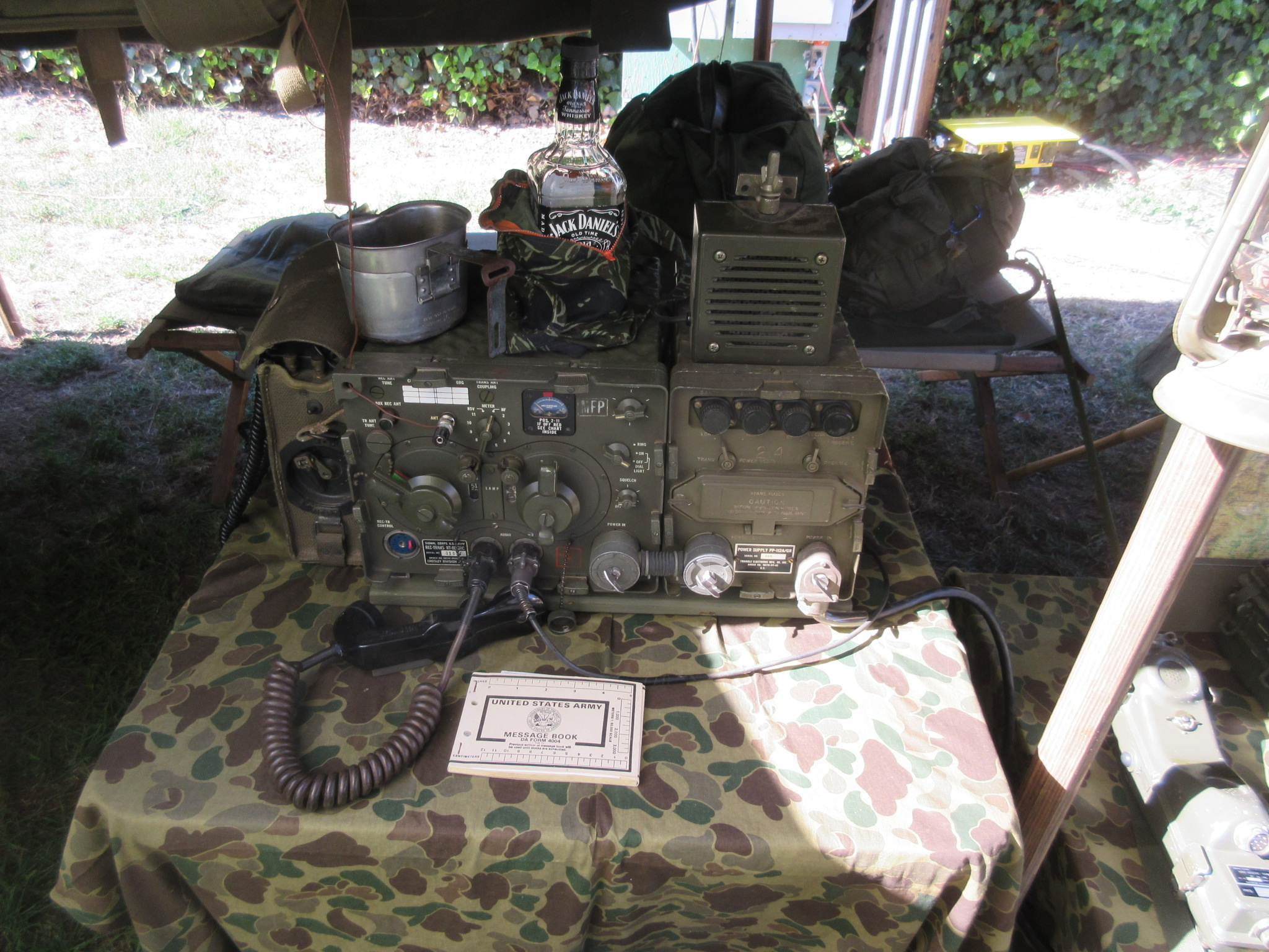 VRC-10 / RT-68 and EE-8 Field Phone