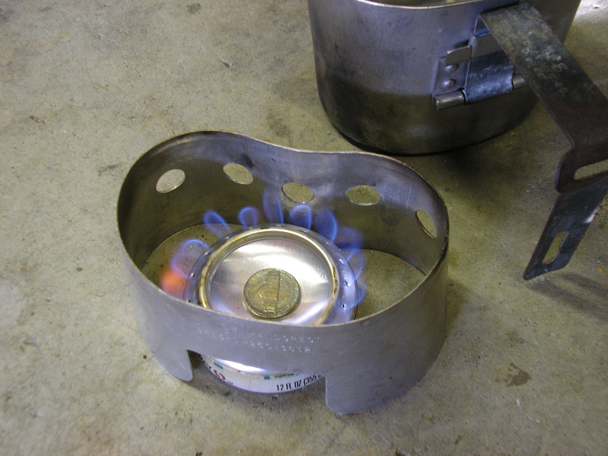 Alcohol Stove with wind block