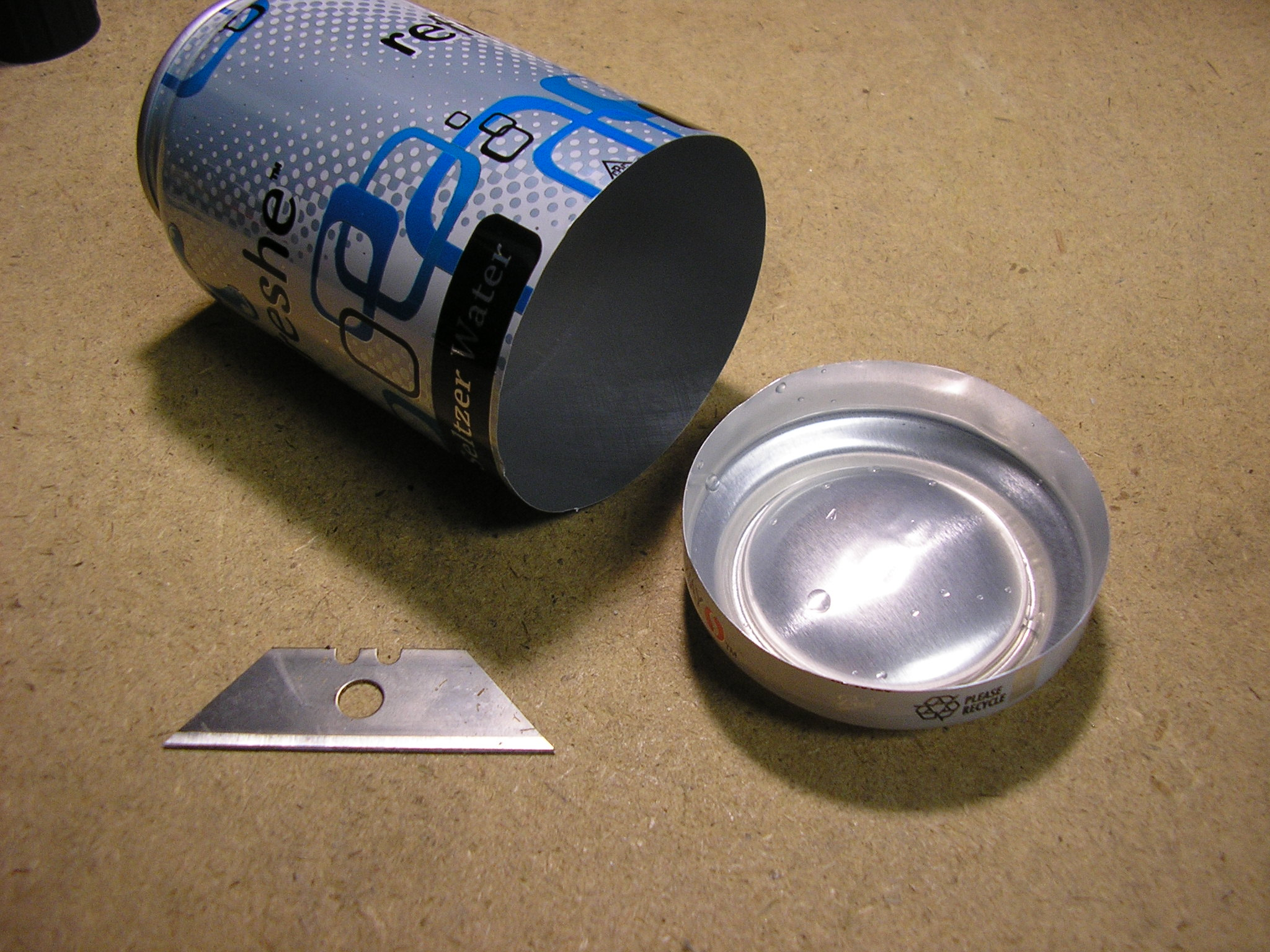 Alcohol Stove top/bottom parts removed from cans