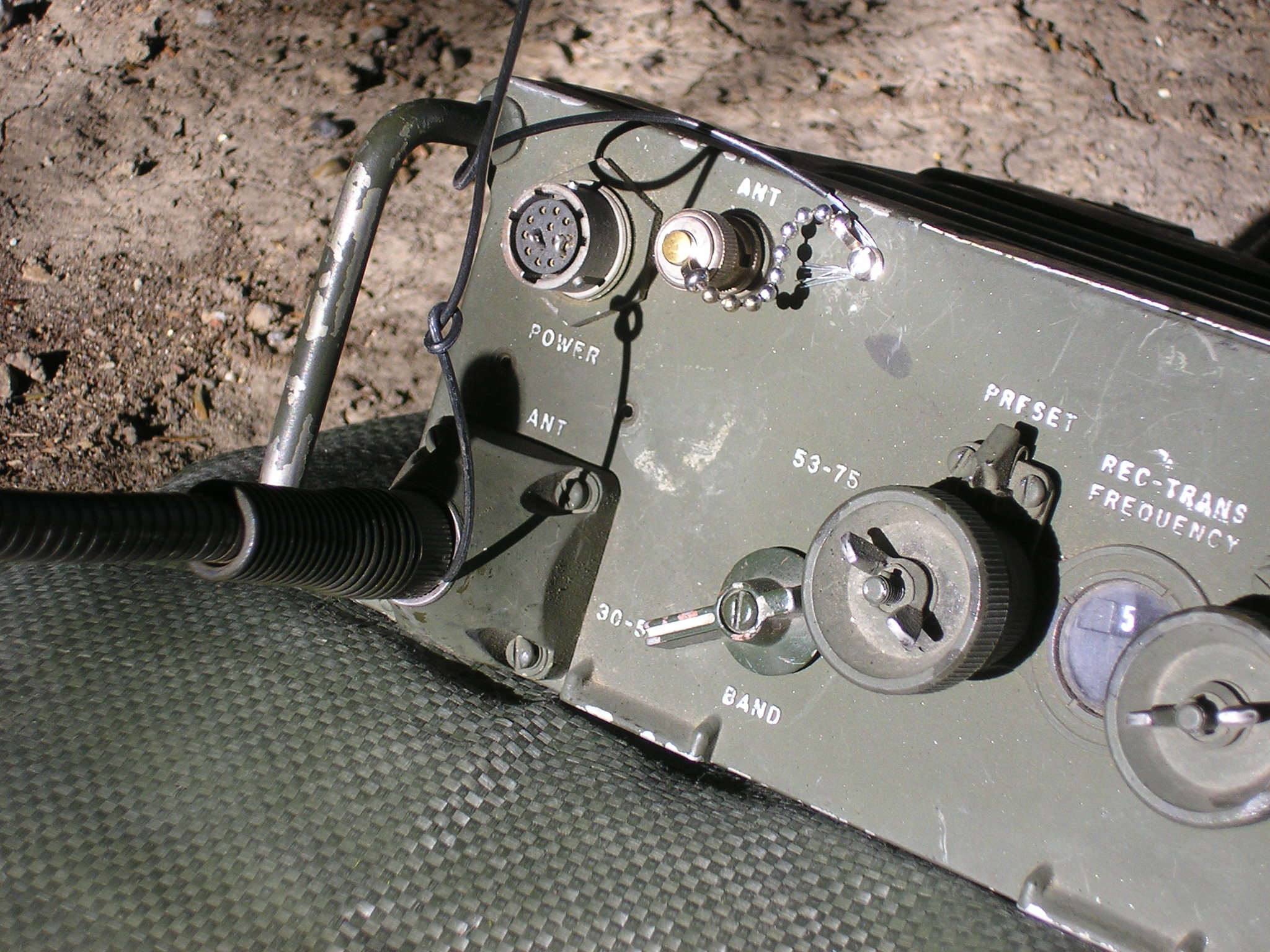 PRC-25 Jungle Antenna connection