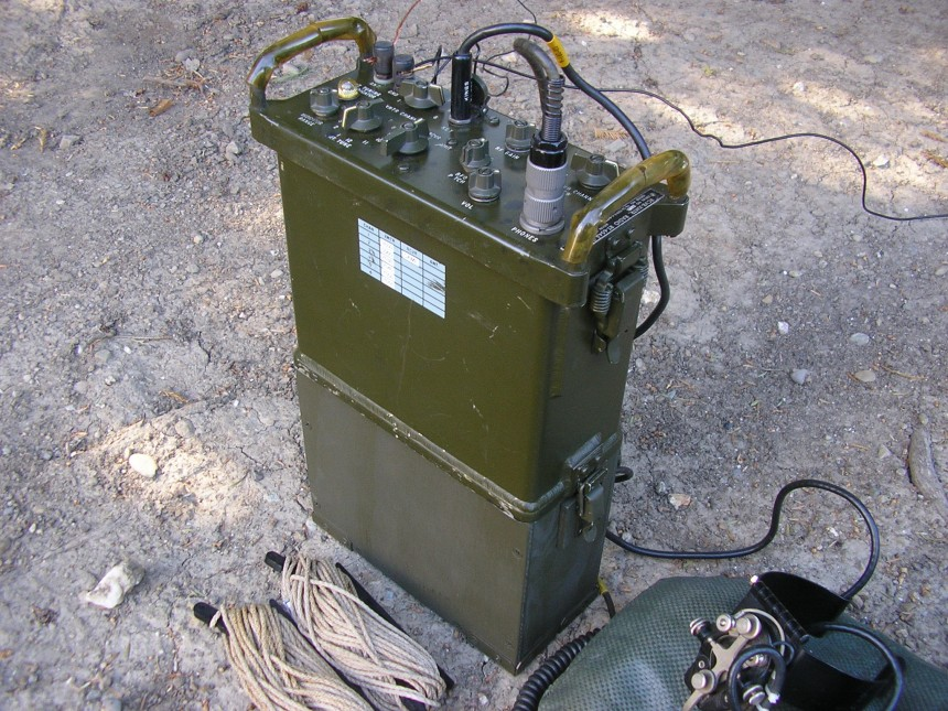 TRC-77 DIY Battery Box