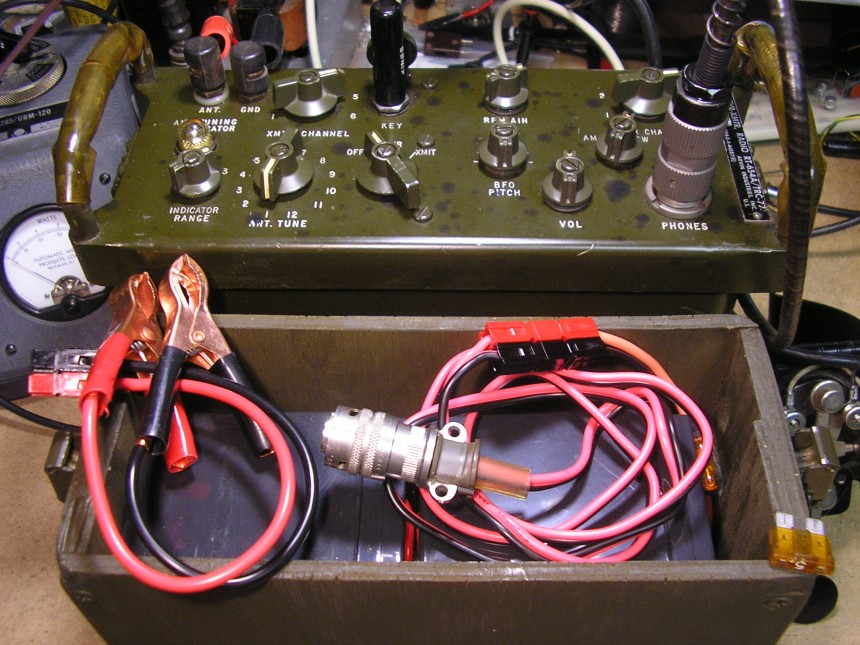TRC-77 Battery Box