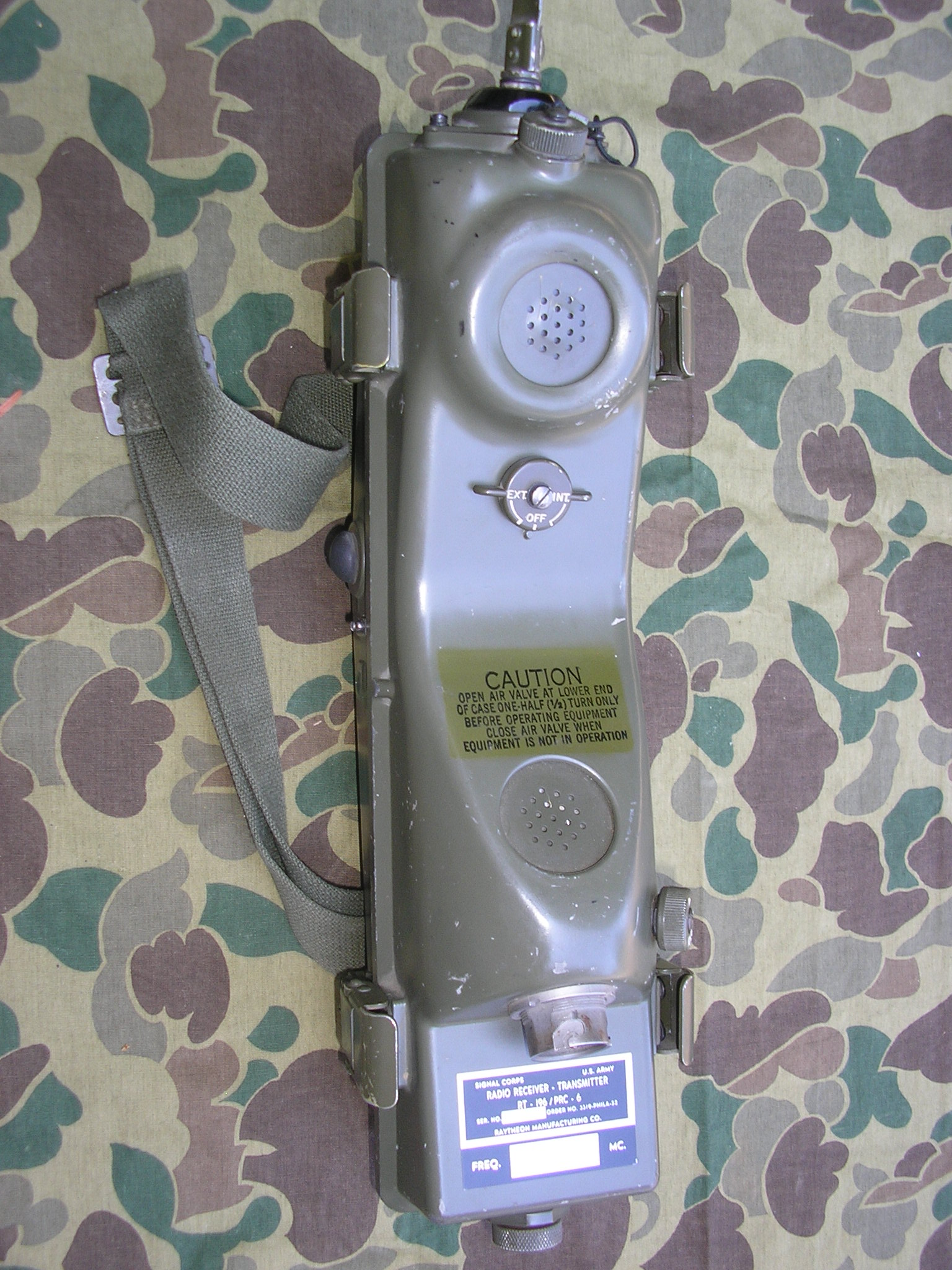 PRC-6 / RT-196 Radio Set