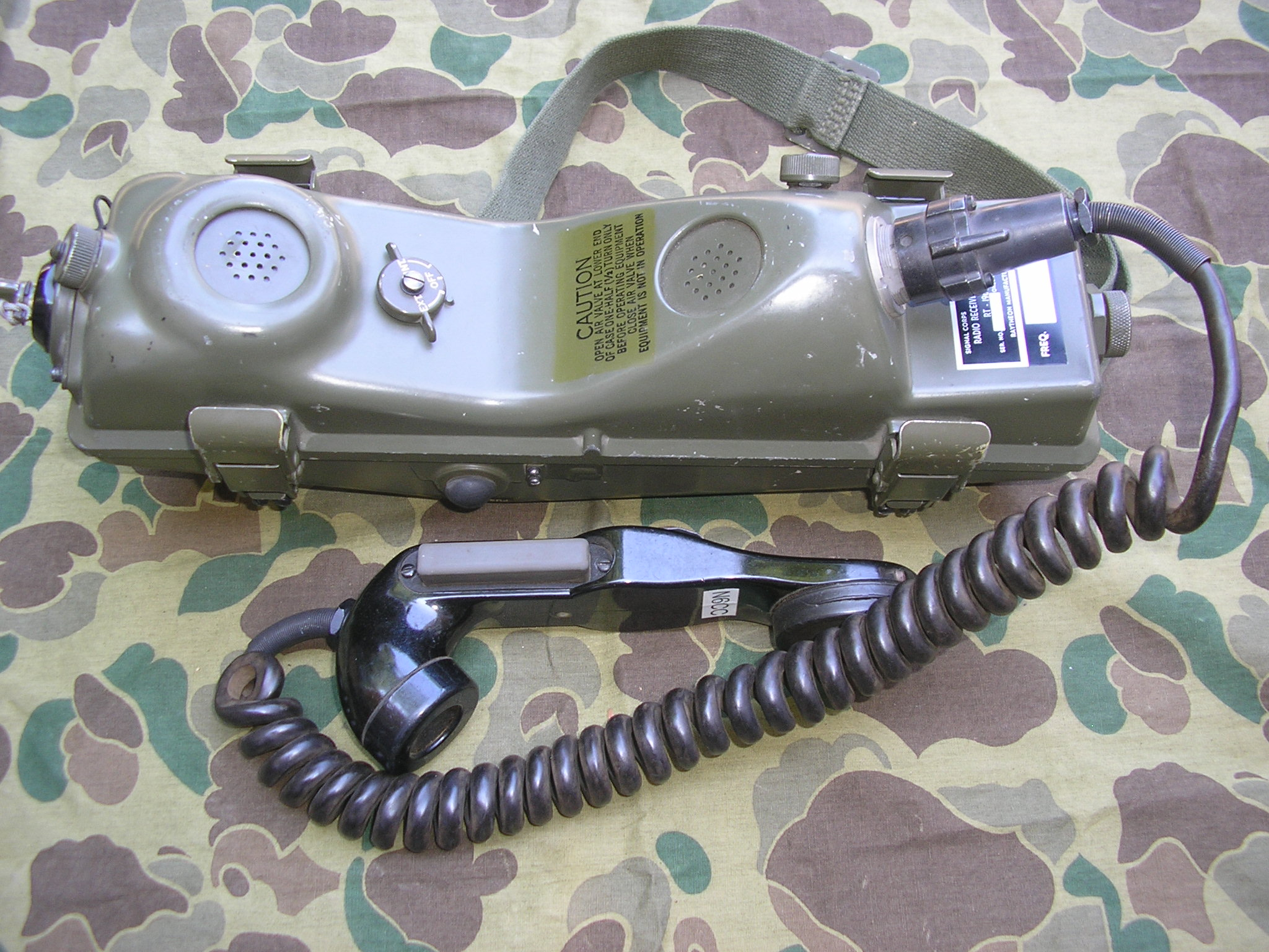 PRC-6 with external handset