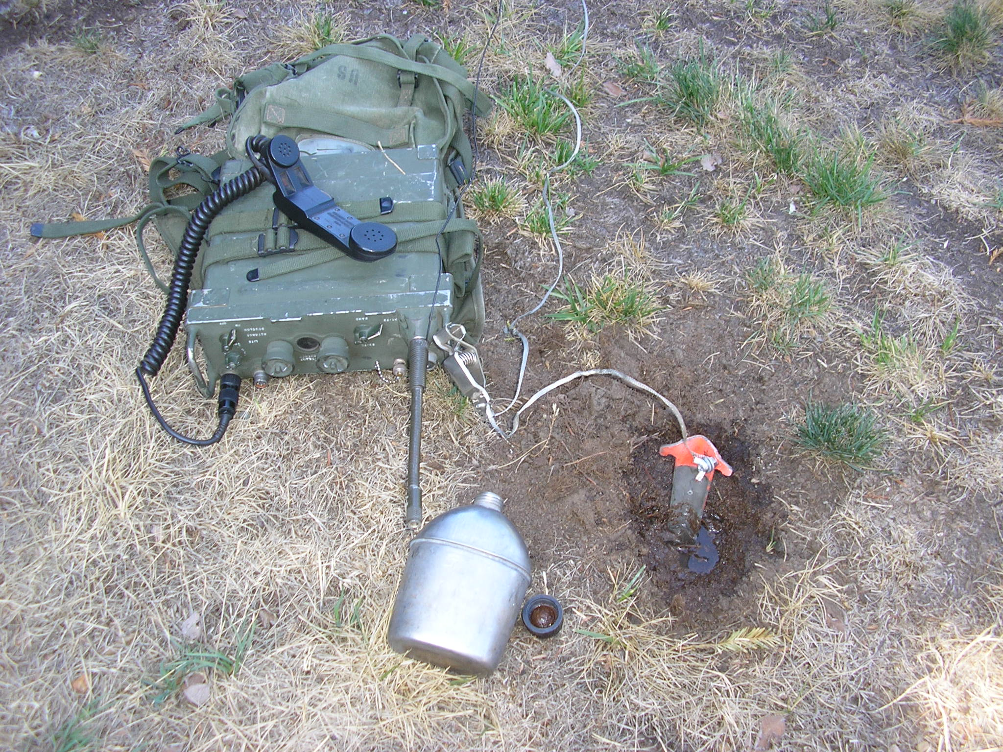 Grounding the PRC-25