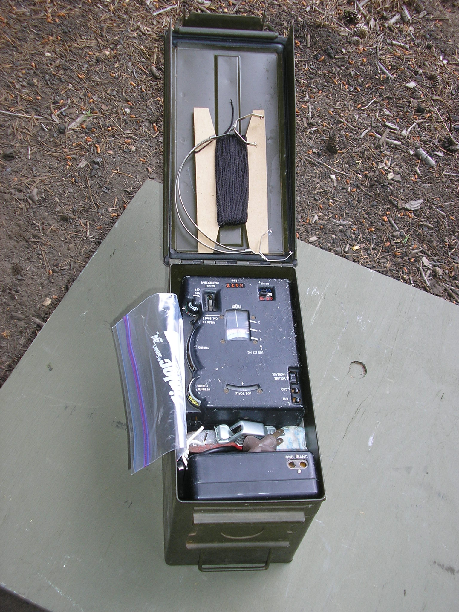 Complete RS-6 Set with Antennas packed in an Ammo Can