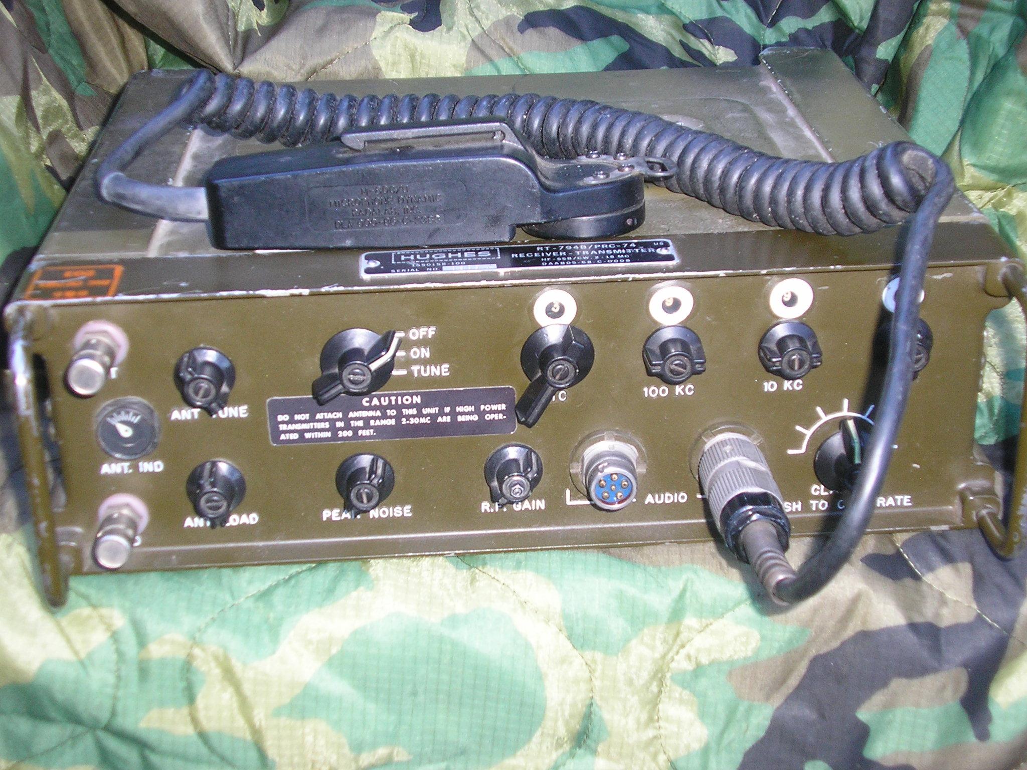 AN/PRC-74 SSB/CW Manpack Transceiver