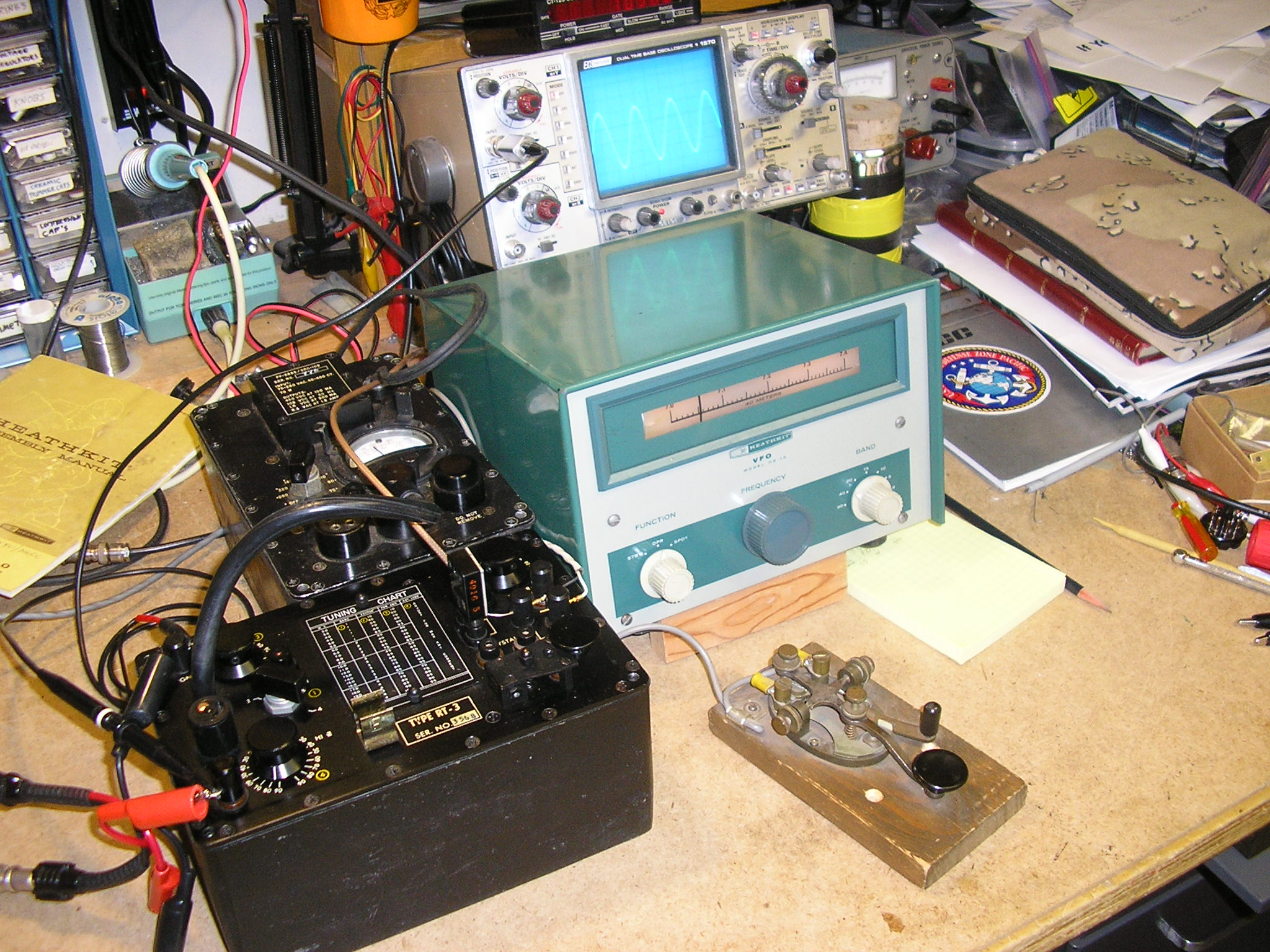 HG-10B VFO driving the RT-3 Transmitter